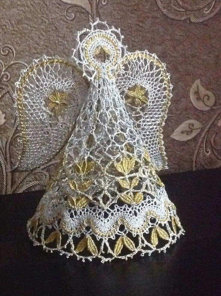 Marina Kelin Bobbin lace