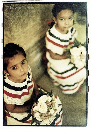 2 Mexican girls in wedding ceremony - Edward Olive international destination wedding photographer