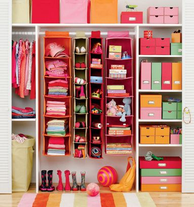 cool and fun and colourful closet!