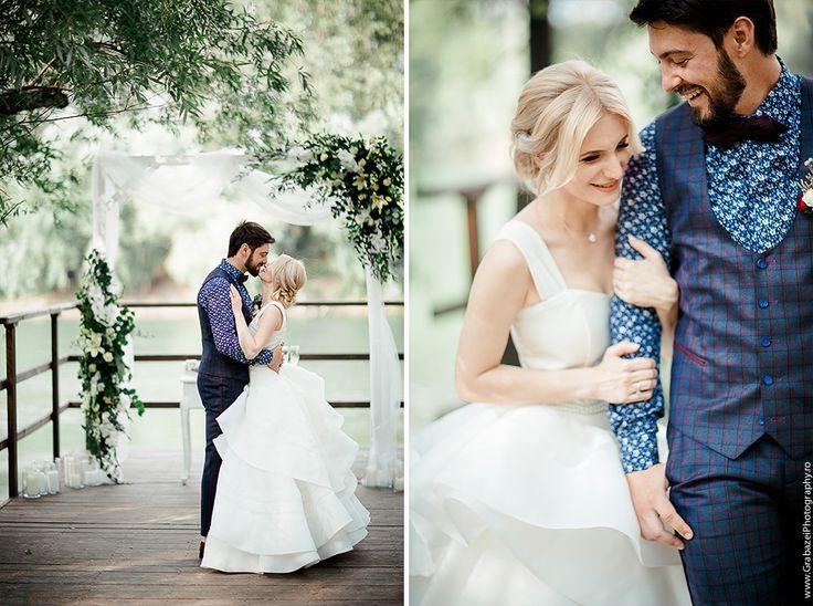 Outdoor wedding | bride and groom posing ideas  #grabazei villa drago #outdoorwedding #nuntainaerliber #bucuresti #bucharest fotograf nunta bucuresti #chisinau summer