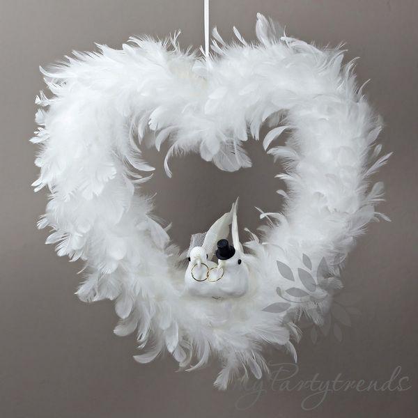 Hochzeitstauben im Federherz, 35cm, Hochzeitsherz von Boutique für wundervolle Accessoires zum Liebhaben! auf DaWanda.com