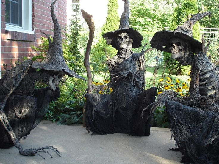 PUMPKINROT.COM: What's Brewing: witches