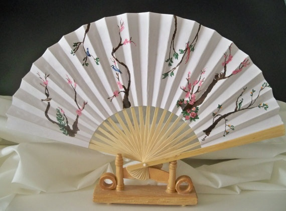 paper hand fan hand painted Birds of a Feather by SilverMoonRose, $12.00: Paintings Birds, Vintage Fans, Hands Paintings, Faces Fans, Hand Fans, Hands Fans, Fans Hands, Paper Hands, The Roller Coasters