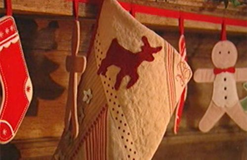 Kirstie Allsop's tutorial for making quilted stocking.