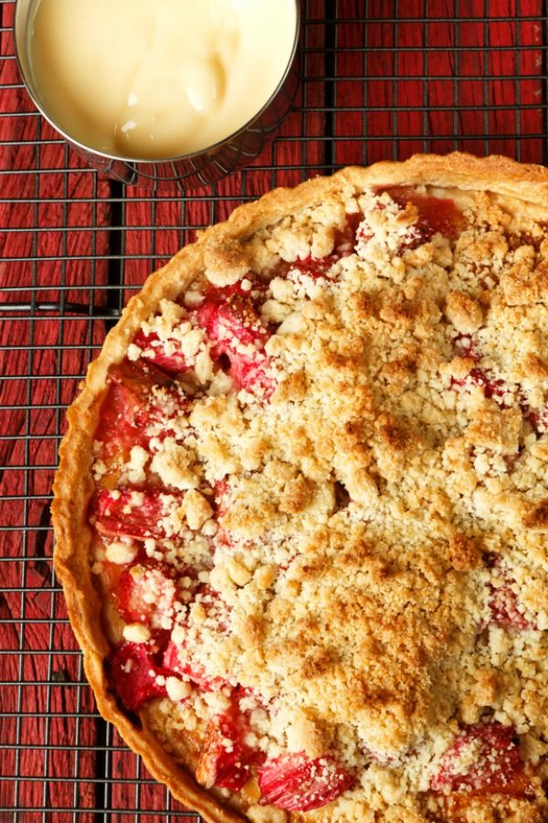 The combination of sweet Granny Smith apples and tart rhubarb make for a perfect combination. It bakes up nicely with a sweet and rosy pink filling.
