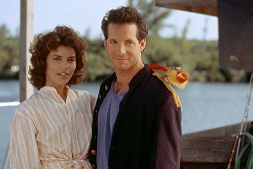 Steve Guttenberg and Tahnee Welch in Cocoon: The Return (1988)