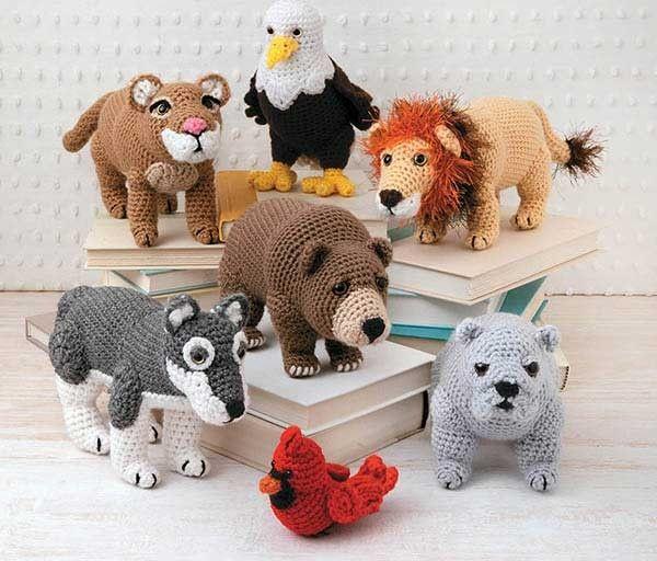 Crochet Spirit Animalshttp://www.craftdrawer.com/2015/08/crochet-animal-patterns-lions-bears.html