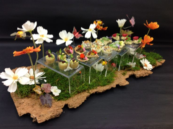 Summer canap tray design by alison price and company for Canape ideas for wedding