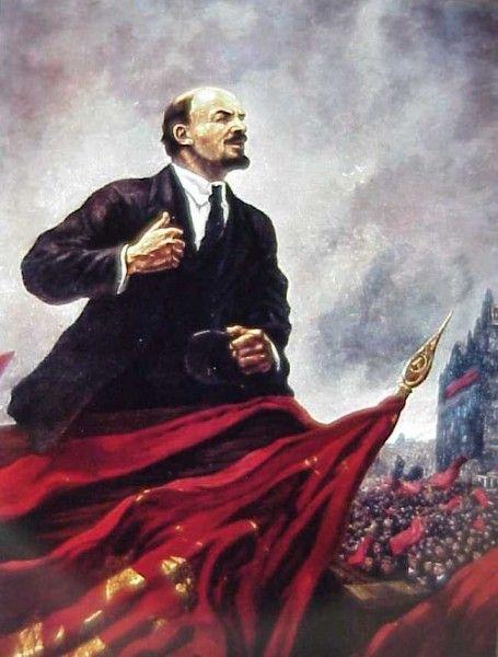 dit is een Propaganda van Lenin. het is een goede Propaganda, want je ziet dat Lenin machtig is omdat hij groot is getekend en de russische volk achter hem staat