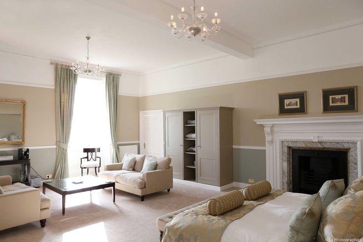 Beauitful #honeymoon suite at Farnham Castle.