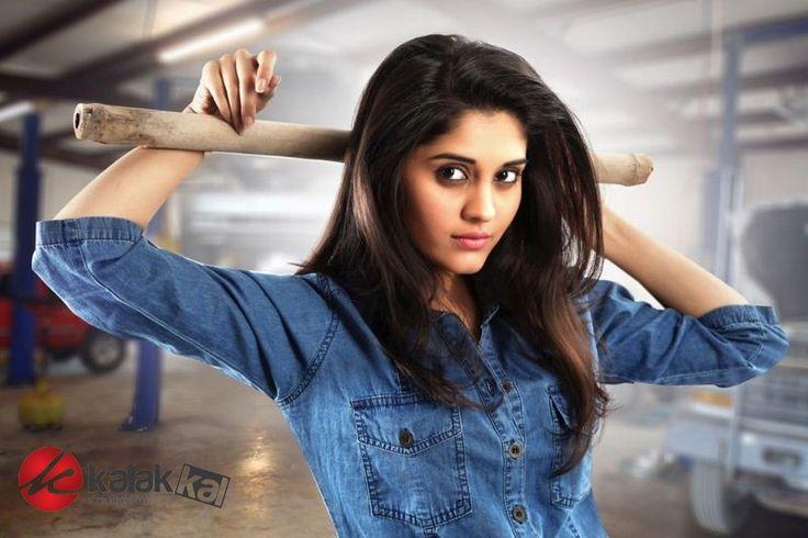 Actress #Surabhi Stills  More Stills @ http://kalakkalcinema.com/actress-surabhi-stills/