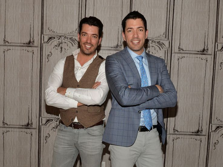 Property Brothers Drew and Jonathan Scott can pinpoint the exact moment they knew they'd marry their girlfriends.