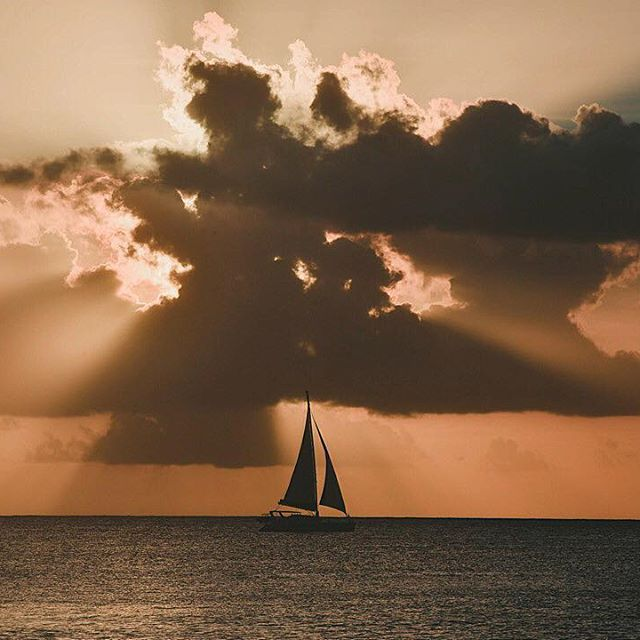Life is like #sailing.You can use any wind to go in any direction #wedding #nextdayphotoshooting #weddingphotography #weddingphotographer #instawedding #greecewedding #greeceweddingphotographer #creativephotography #creativephotographer #awardwinningphotographer #internationalweddingphotographer #destinationwedding #cp_sofikitis #cpweddings #cpsofikitisweddings #carribean #weddinginsider #couple #love #instalovewedding #weddinginsider