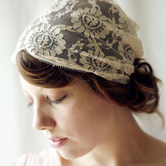Simple tea-dyed lace headband