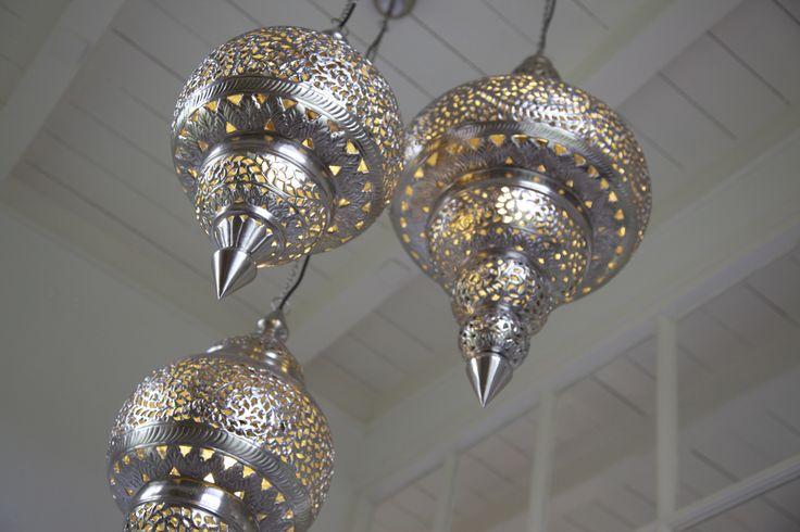 Marokaanse lampen Engels' tuin Ootmarsum