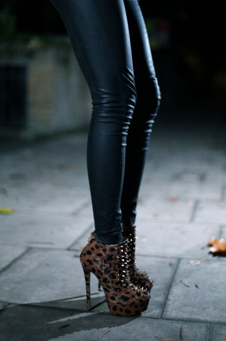 image Liquid leggings high heels