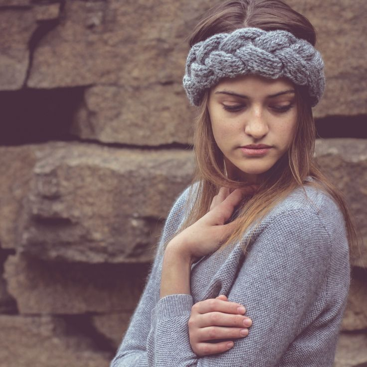 Hand knit headband, grey merino wool blend.