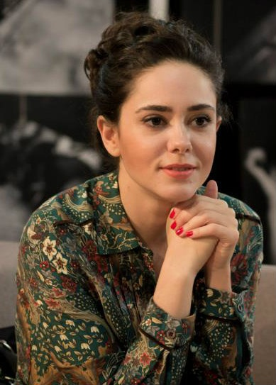 "Turkish Actress - Duygu Yetiş | ""Krem"" TV Series"