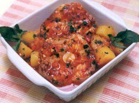 Receita de Cação Cozido com Mandioquinha - 1 kg cação , 1 quanto baste de sal , 3 colheres (sopa) de suco de limão , 1 quanto baste de pimenta-do-reino bran...