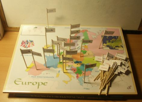 Plateaux de jeux Montessori  Géo et sciences  Participassions: Bible Events Cities, World, Games, Learning Geography, European History, History Geography, Ap European