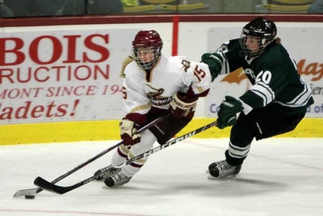 2 Exercises for Women to Improve Their Ice Hockey Performance
