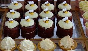 Bee-utiful cupcakes