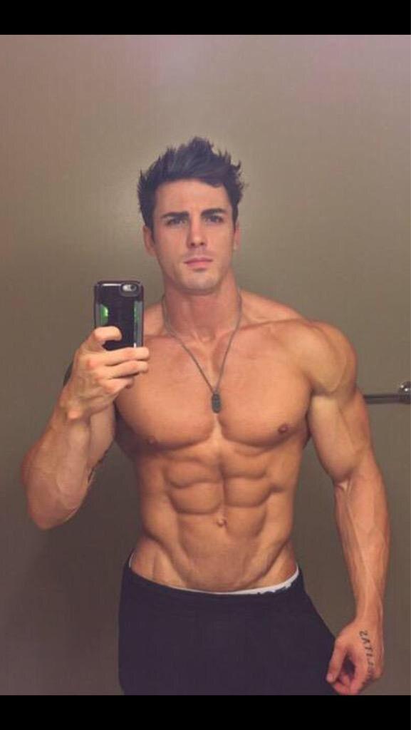 Nude men of oz