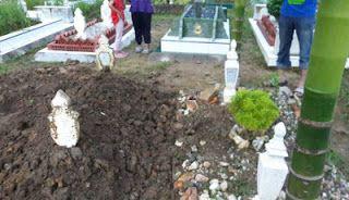 KISAH MENARIK HATI: Kisah Jenasah Utuh Dikubur 12 Tahun