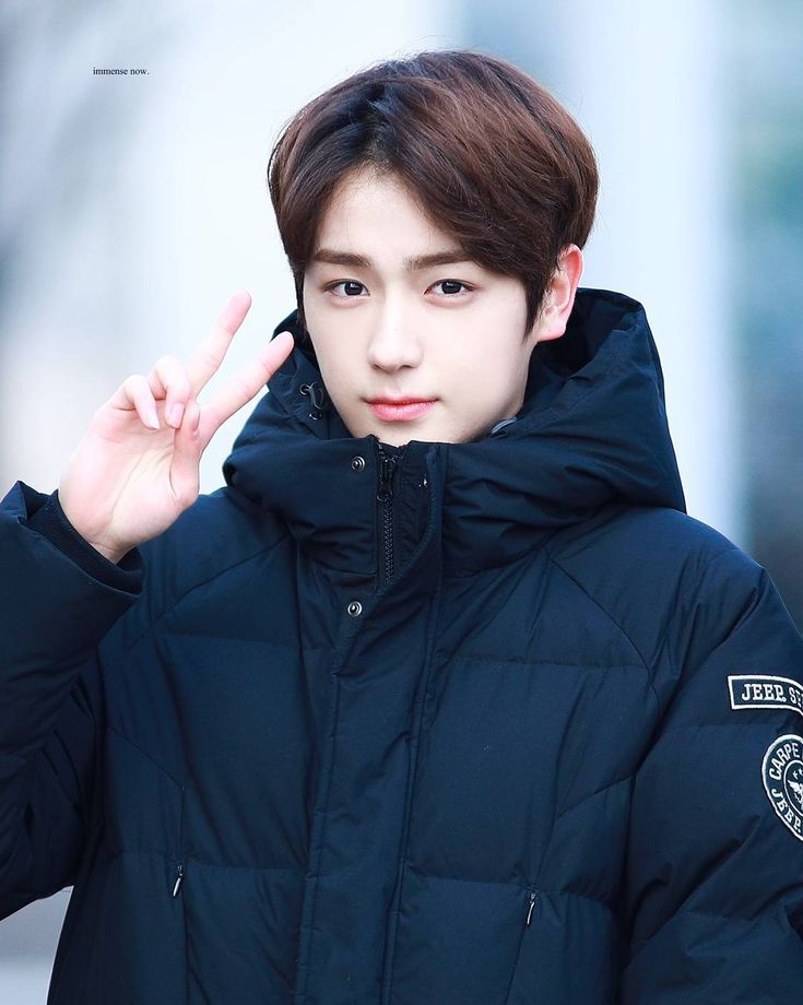 """78 Likes, 1 Comments - THE BOYZ HYUNJAE (현재) (@tboyzhyunjae) on Instagram: """"this my new profile picture and i really love it aaaaaaa ➖ 180113; © immense love ㅡ; music core…"""""""