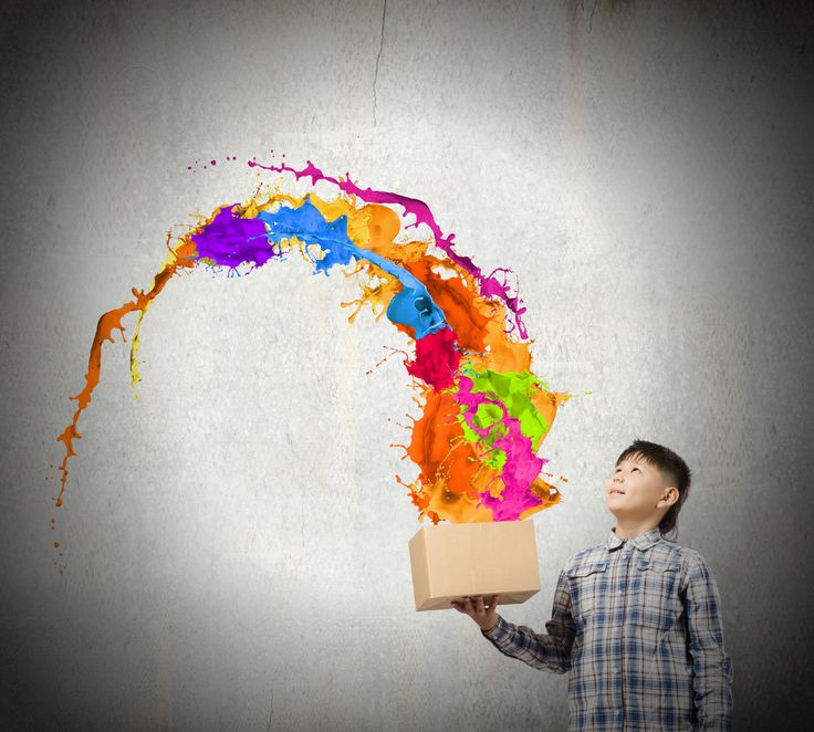 Scatole sensoriali: ecco come preparare la scatola sensoriale dei colori per bambini e intrattenerli con creatività insegnando loro il concetto di colore.