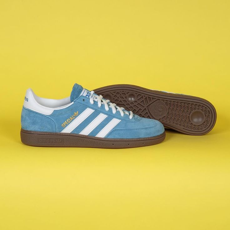 We're loving this light blue colourway in @adidas's Handball Spezial silhouette. Available in store and online @fatbuddhastore  #fatbuddhastore #glasgow #adidas #spezial #sneakerholics #sneakerfreaker #womft #wdywt #igs #igssneakercommunity #kotd #complexkicks #gotsole #thedropdate #therealblacklist #thesneakersbox #crepecity #crookedtounges #solecontrol #snkrhds #footpatrol #sneakerfreakerofficial #sneakerporn #dropdate #kickstoday