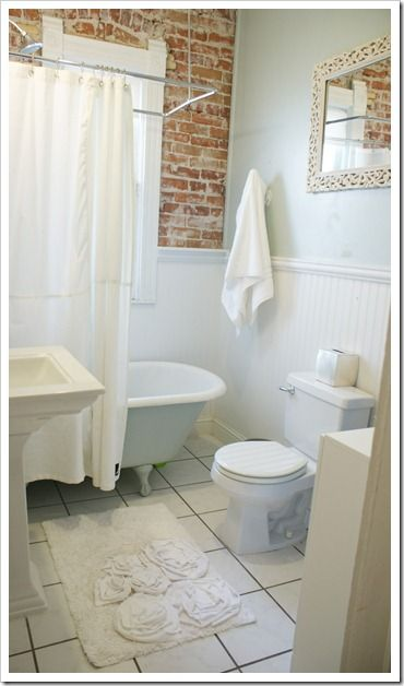 make this for your bathroom - from your old tees!