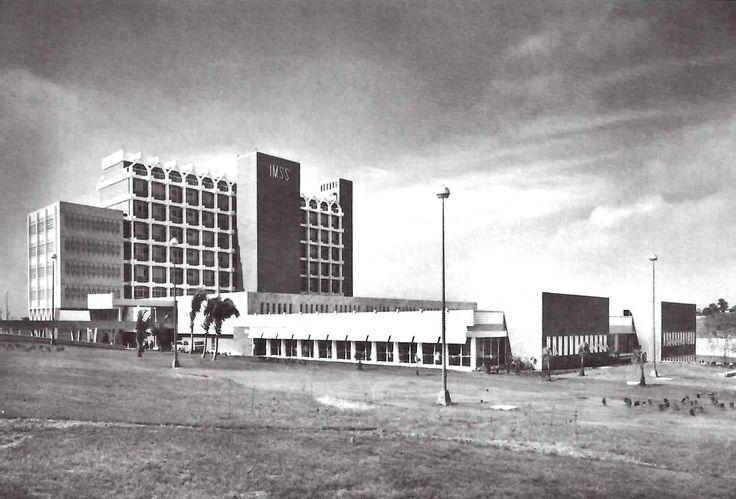 Cuerpo de Consulta Externa, Hospital General de Tampico (IMSS) Boulevard Adolfo López Mateos, Cuidad Madero (Tampico), Tamaulipas, México 1967  Arq. Enrique Yáñez - Outpatient Wing, General Hospital of Tampico, Cuidad Madero, Tamaulipas, Mexico 1967