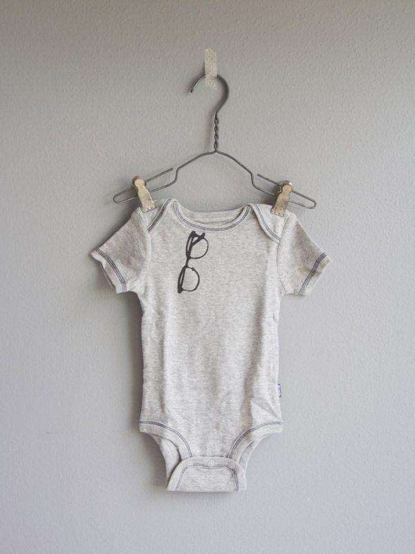 1000 Ideas About Onesie Diy On Pinterest Diy Baby