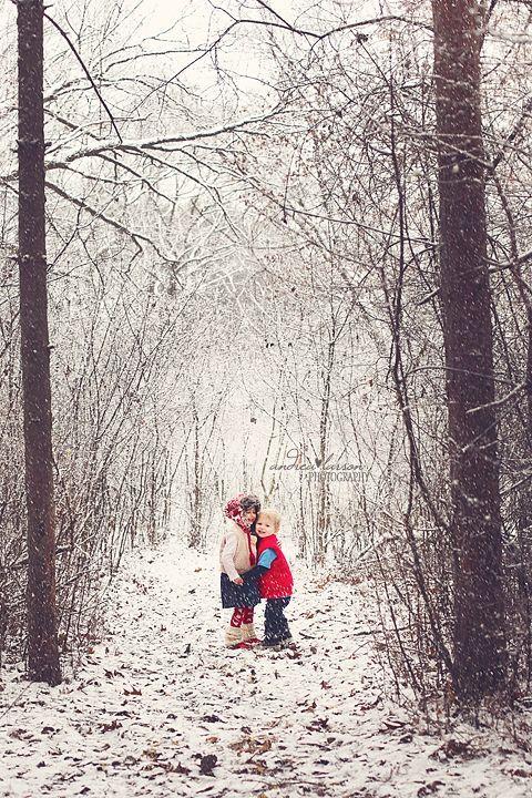 so cute! Myla could hug Kaylee / vice versa. I love the woods