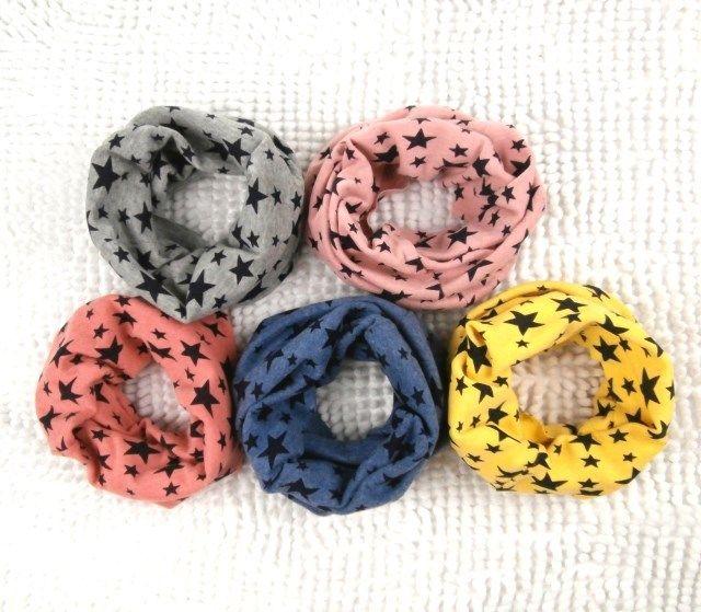 Купить товар2015 новые классические дети шарф хлопка дети мальчик девочка кольцо шарфы шаль мужская зимняя звезд воротник грелки шеи в категории Шарфына AliExpress.    Если вам нужно только  заказ 5 шт.       (Размер 19*19)      .   Пожалуйста, нажмите на эту ссылку: