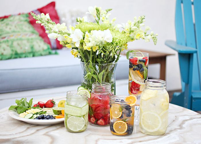 Recipe for all 5 different flavored water: Cucumber-Lime, Blueberry-Clementine, Strawberry-Mint and Lemon-Pineapple                               www.songofstyle.com