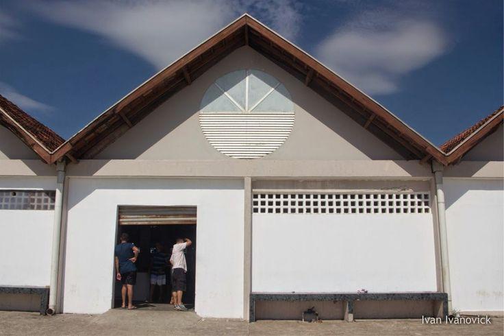 Mercado dos Pescadores. Matinhos. Rua Martinho Correia, 412, Centro.