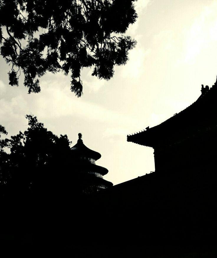 Silhoutte of Temple of Heaven
