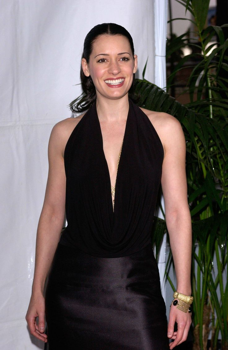 Paget Brewster in 2020   Paget brewster, Paget, Thomas gibson