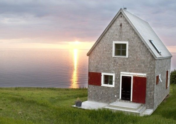 860 Sq. Ft. Oceanside Cottage in Cape Breton Island 001