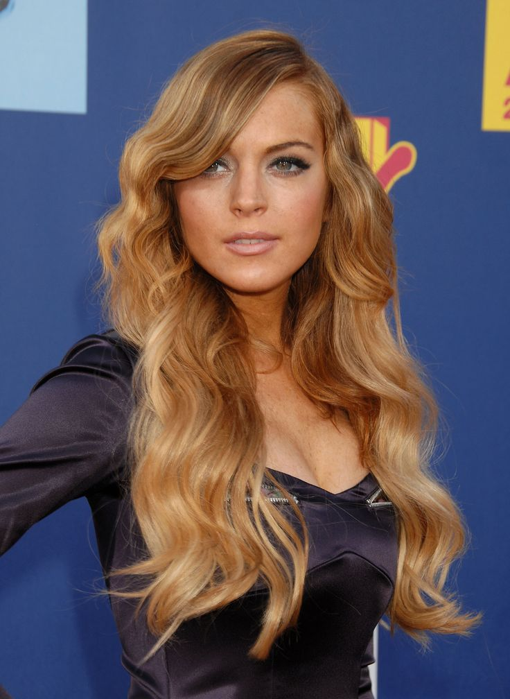 Lindsay Lohan - 2008 MTV Video Music Awards - Arrivals | Photo 6 | Celebrity Photo Gallery | Vettri.Net