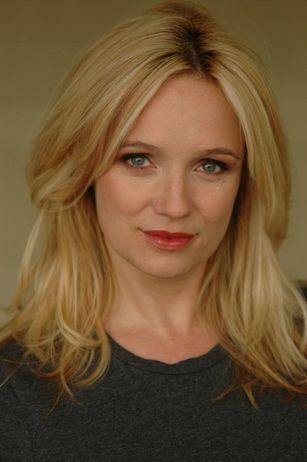 Marion Fleming (Lisa Langlois)