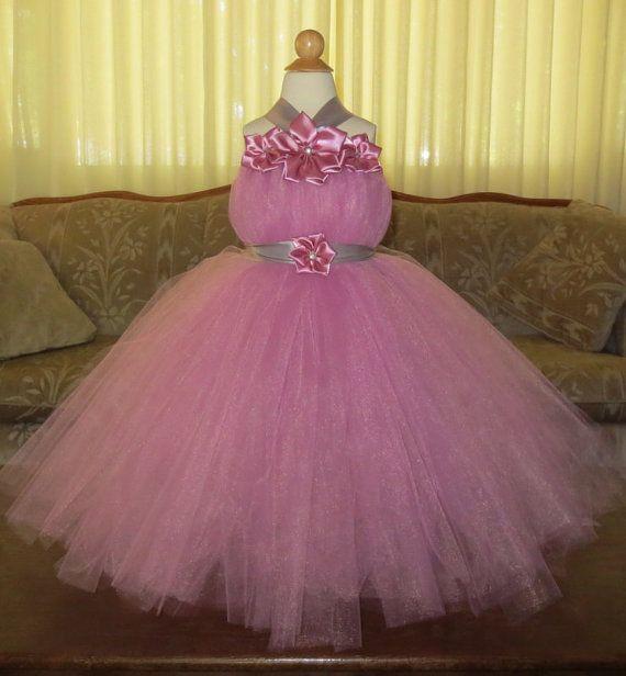 Rosa Lila Tutu Kleid: das ist so ein schönes Tutu Kleid!! Die Schichten Tüll sind so flauschig und weich, Ihr kleines Mädchen fühlen sich wie eine Prinzessin! Ideal für ein Blumenmädchen, Prinzessin Kostüm, Fotoshooting, Fee Kostüm, Festzug Kleid, Halloween, Hochzeit, oder spielen Kleid bis. ______________________________________________  Um einen korrekten Sitz zu gewährleisten, möchte ich die exakte Messung haben. Wenn Sie keine exakte Messung lassen, verwende ich nur mein Standard-Größe…