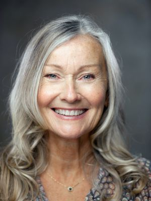 genuine happy and generous smile - probably most important accessory in order to age gracefully, grey hair or not.