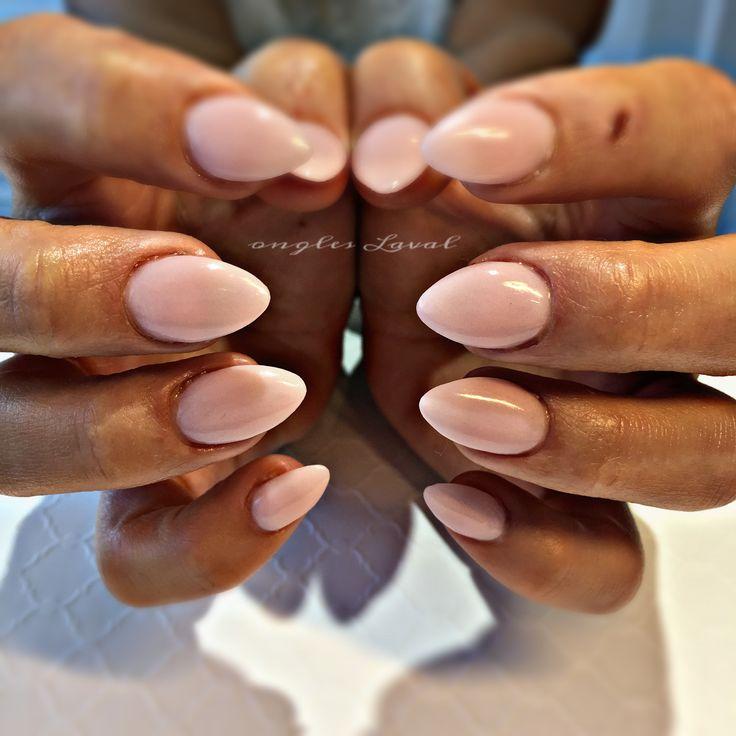 #leboudoirespacebeaute #ongleslaval #lavalnails #healtynails #naturalnails #neutral #nude