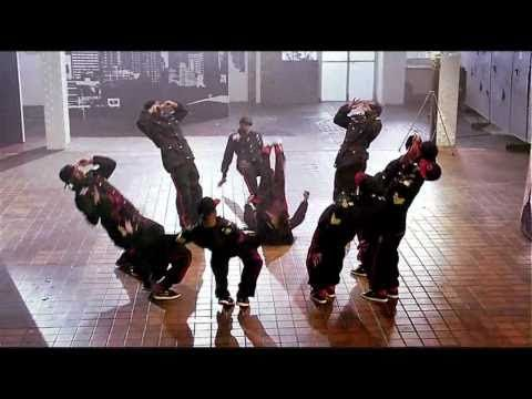 Madcon - Beggin' - Street Dance 3D - Dance Mix. AWESOME! But the girl at 1:38 is moving her feet so fast you can't even see : ) Love this!