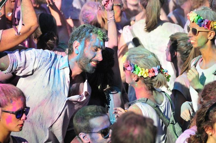 THE HOLI DANCE FESTIVAL in Firenze