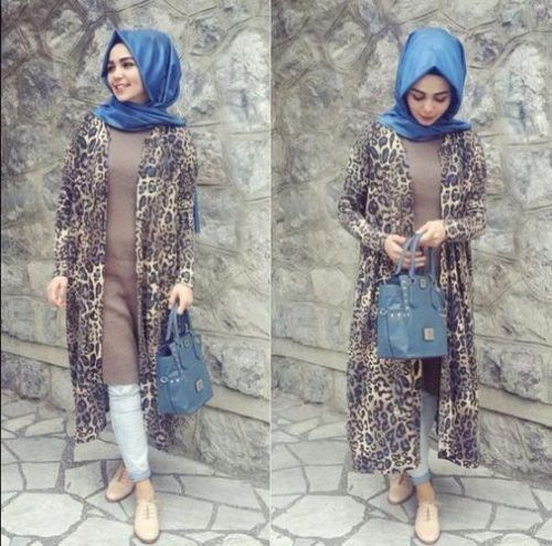 long printed tunic matched by long blouse- Chic hijab outfits from instagram…