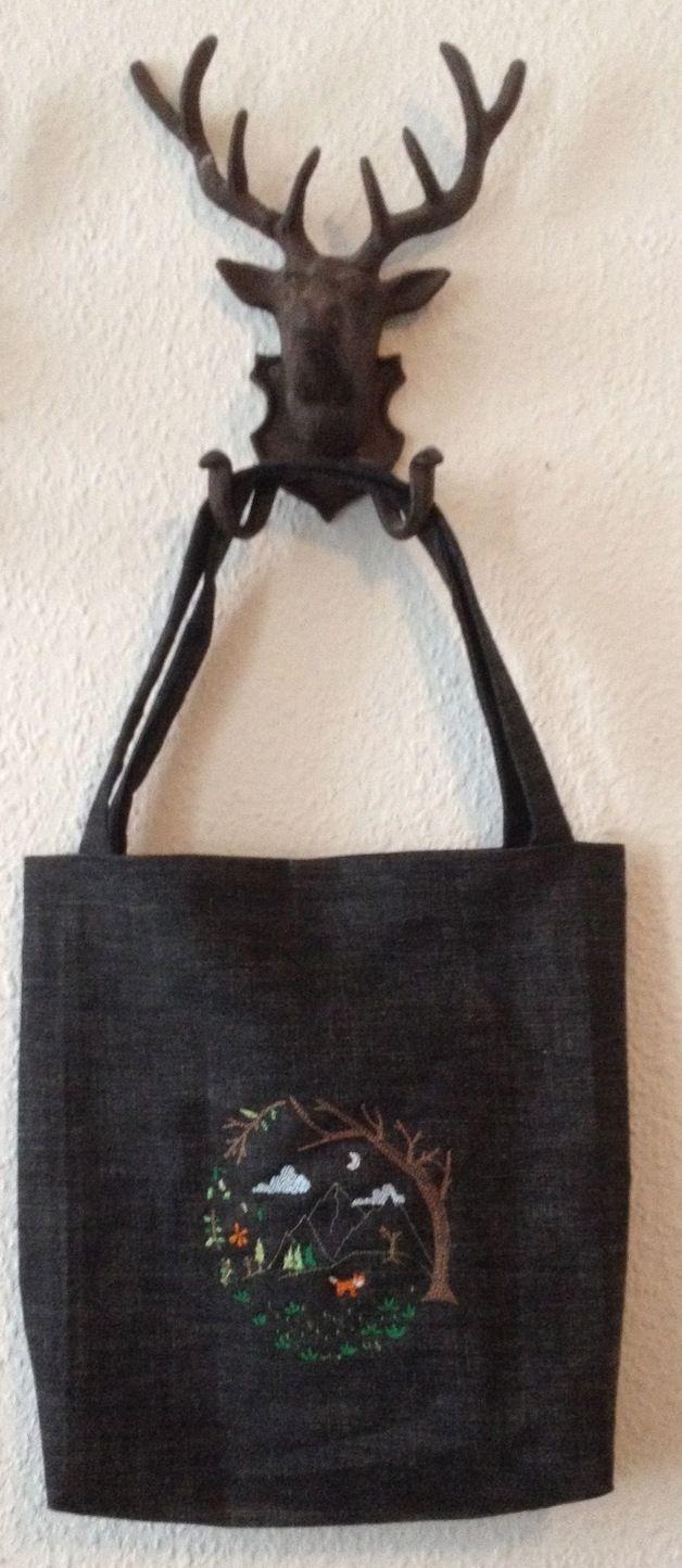 Black embroidery Tote Bag #Dawanda #BonitoFracaso #Embroidery #tote bag #Woodland